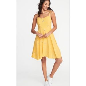 Old Navy Yellow Daisy Cami Summer Dress